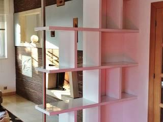 Bibliothèque-claustra: Salon de style  par ARCHI'IN Maison d'architecture intérieur