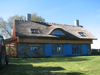 Country style houses by Pracownia Tutaj Country