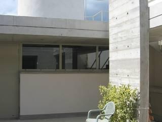 3B Architecture Modern garage/shed
