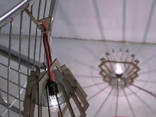 La Flâneuse, lampe baladeuse par Hélène Carrel Éclectique
