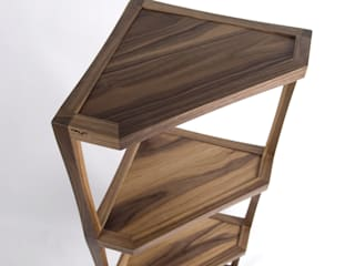 CONER SHELF: Woodstudio MAUM의 현대 ,모던