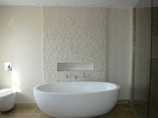 Bathrooms:  Bathroom by Rachel Angel Design
