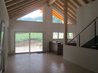 Neubau Einfamilienhaus Fam. Guenzi, 7430 Rongellen:  Esszimmer von marabau - Baukoordinationen GmbH