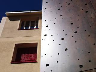 La Belle Strasbourgeoise Maisons modernes par CRISS CROSSING Moderne