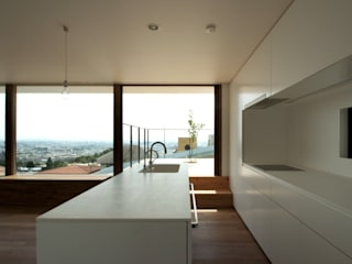 Modern houses by SeijiIwamaArchitects Modern
