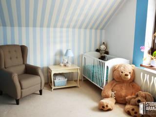 Детская комнатa в классическом стиле от Studio Aranżacji Agnieszka Adamek Классический