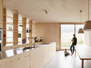 Cozinhas  por Innauer-Matt Architekten ZT GmbH,