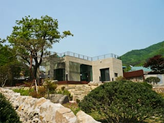 House of San-jo: studio_GAON의  주택