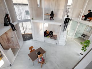 House in Kashiwa, Unfinished house: 山﨑健太郎デザインワークショップが手掛けたリビングです。