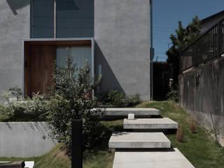 Rumah oleh akaza architectural design office,