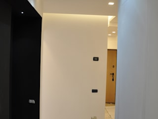 Modern corridor, hallway & stairs by Arch. Andrea Pella Modern