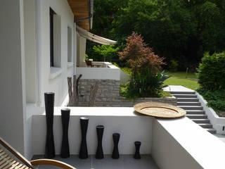 Biarritz, Pays Basque Balcon, Veranda & Terrasse modernes par Agence Diot-Clément Moderne