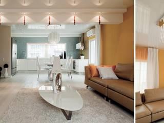 Center of interior design Salones de estilo ecléctico