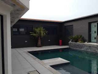 Modern Pool by INEO CONCEPT Modern