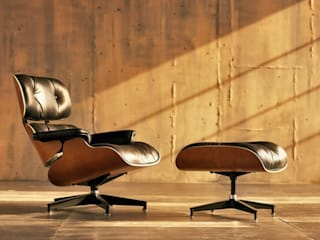Eames Lounge Chair & Ottoman di Herman Miller