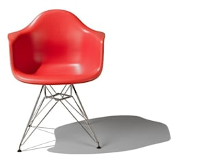 Eames Molded Plastic Chairs de Herman Miller