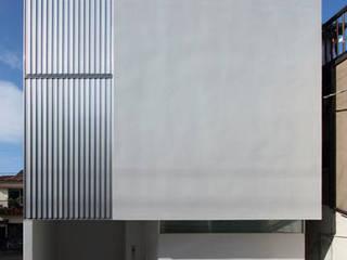 Casas de estilo minimalista de 鷹取久アーキテクトオフィス Minimalista