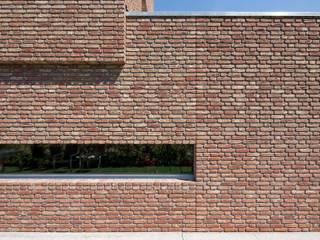 Minimalist house by Joris Verhoeven Architectuur Minimalist