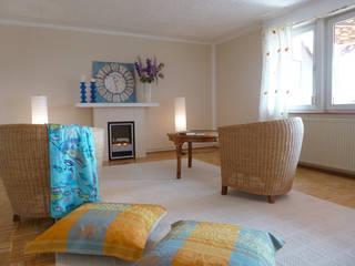 Wohnzimmer nach Home Staging:   von Szeena Homestaging