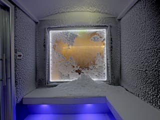 Cabina della Neve - Golden Mile SPA (Mosca): Spa in stile  di Happy Sauna - Wellness Today