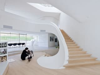 Haus am Weinberg UNStudio Minimalist corridor, hallway & stairs
