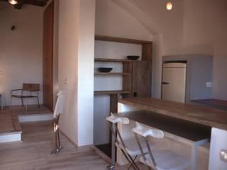 Casa per vacanze a Chiessi (Isola d'Elba) - Italy Cucina in stile mediterraneo di 70m2 Studio di architettura Mediterraneo