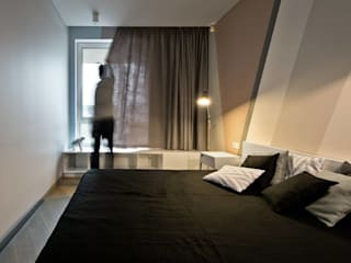Black linen bedding by Lovely Home Idea LOVELY HOME IDEA ห้องนอนสิ่งทอ