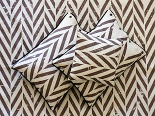 ZIGZAG printed linen bedding by Lovely Home Idea LOVELY HOME IDEA ห้องนอนสิ่งทอ