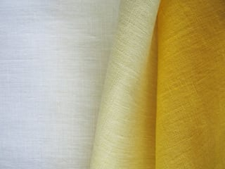 Yellow Ombre linen curtain by Lovely Home Idea LOVELY HOME IDEA 窗戶與門窗廉與布簾