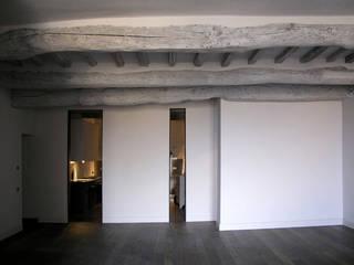 Acropoli Perugina: Case in stile  di GIOVANNA GIANNATTASIO