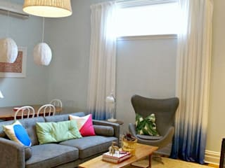 Blue Ombre curtains and cushions by Lovely Home Idea LOVELY HOME IDEA Finestre & PorteTende