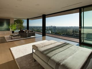 SUNSET STRIP RESIDENCE Modern style bedroom by McClean Design Modern