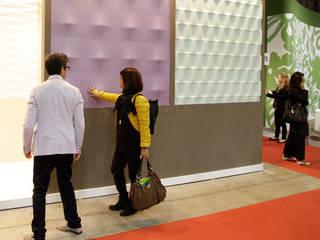 Wall Design Plus: Pareti & Pavimenti in stile in stile Moderno di Decor srl