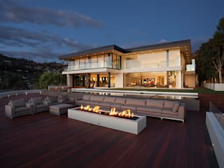 SUNSET STRIP RESIDENCE Case moderne di McClean Design Moderno