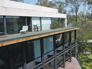 KM House Espaços por Serrano Monjaraz Arquitectos