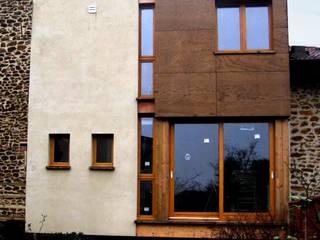 Extension d'une maison individuelle en ossature bois à Villemomble (93) par Paula Bianco Moderne