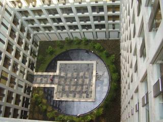 Puerta Alameda: Casas de estilo  por Serrano Monjaraz Arquitectos