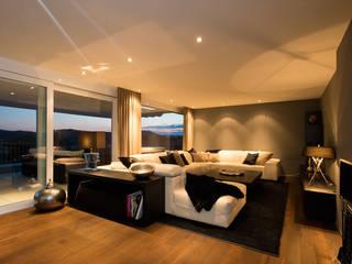 Penthaus Modern Houses by Martinuzzi Interiors Interior Design & Renovations Modern