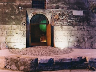 Magazzini Romani:  in stile  di Enza Evangelista
