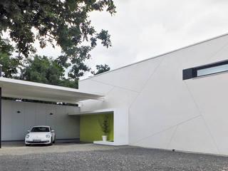 maison G2: Maisons de style de style Moderne par Hervé Lehoux