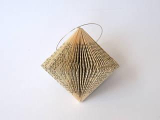 Literatur am Baum Dorisse WohnzimmerAccessoires und Dekoration