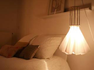 lampe en papier:  de style  par Louise Malé-Mole