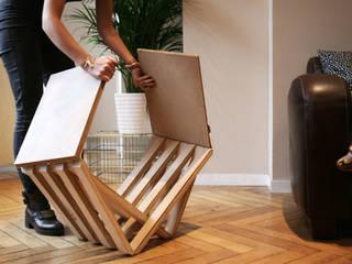 tabouret en bois:  de style  par Louise Malé-Mole