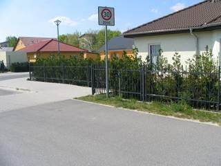modern  by Zaunfactory - Zäune & Tore , Modern