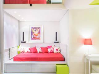 Barbie's House!: Case in stile  di Minelli   Architetto