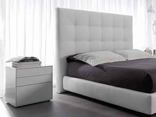 Louis Enrique Martí Asociados s.l. BedroomBeds & headboards