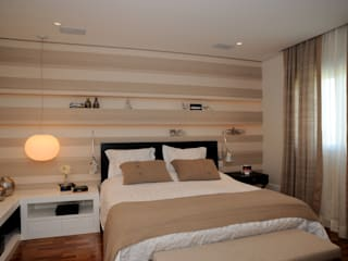 Apartamento Alto de Pinheiros (villa lobos): 450m2: Quarto  por Viviane Dinamarco Design de Interiores ,