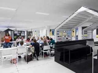 by Liag Architecten en Bouwadviseurs
