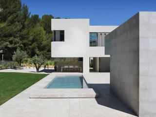 Maison à patio Hamerman Rouby Architectes Piscine minimaliste