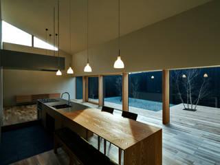 Projekty,  Kuchnia zaprojektowane przez 有限会社TAO建築設計
